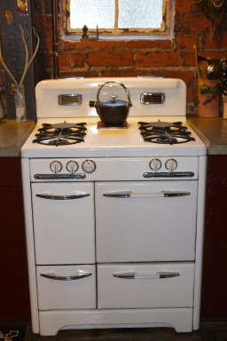 """The 30"""" vintage stove was snatched up by Arnée as it was being brought in through the back door of Antique Stove Heaven in Hermosa Beach."""